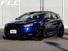 ヨーロッパフォード フォーカスST−II BLACK STYLE PKG