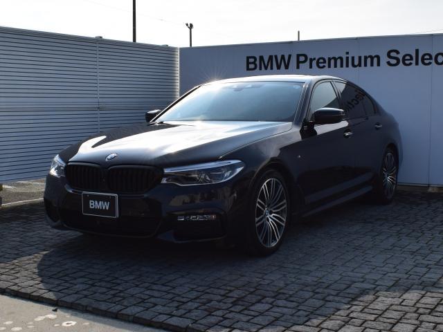 BMW 523d Mスポーツ 黒革 SR ドラアシ パークアシスト