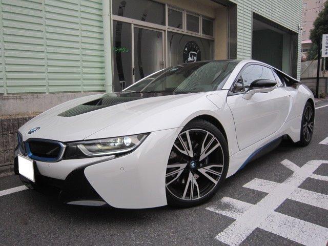 BMW i8 1オーナー 純正ナビ 取説整備手帳 20AW 白革
