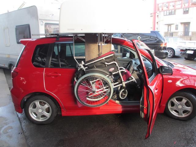 マツダ デミオ  手運転補助装置車椅子搭載装置