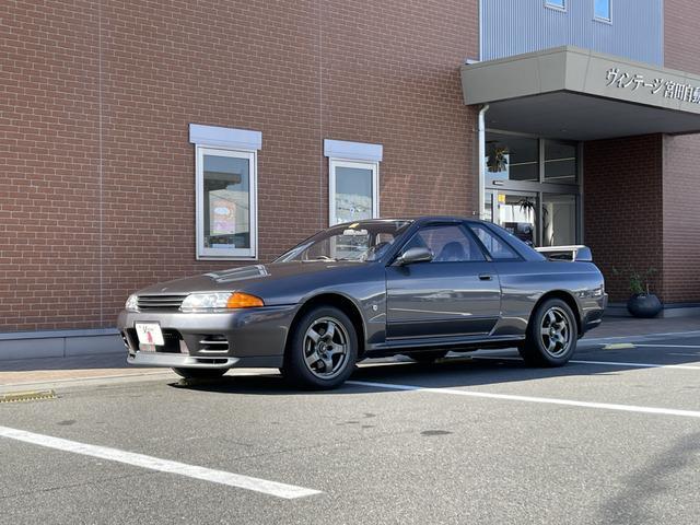 日産 スカイライン GT-R 4WD
