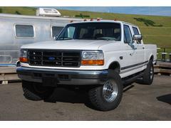 フォード F−250XLT クルーキャブ 4WD ベンチシート