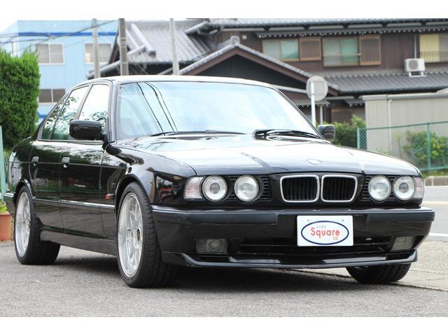 BMW 530i V8 サンルーフ 本革シート BBS 18RG-R