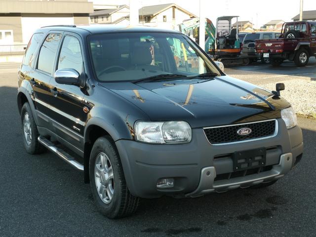 フォード エスケープ XLT (なし)