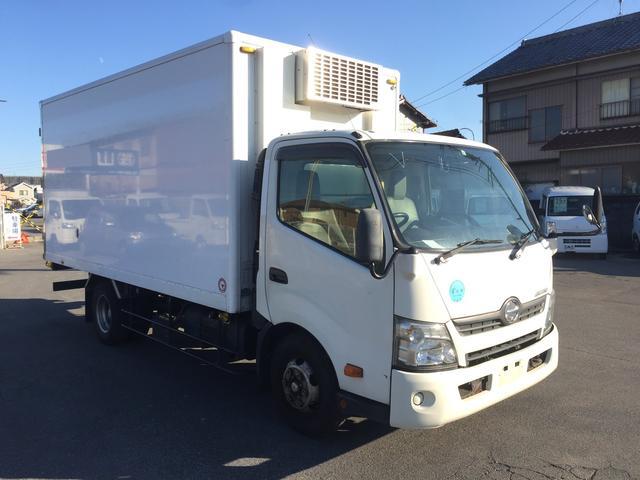 日野 冷蔵冷凍車 2950kg