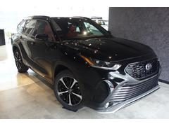 ハイランダー 2021yモデル XSE AWD レッド/ブラックレザー サンルーフ サードシート LEDヘッドライト 電動リアゲート  シートヒーター CarPlay対応モニター スマートキ 20インチアルミ