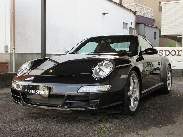 ポルシェ 911カレラ4S スポーツクロノパッケージ・ディーラー車・革シート・左ハンドル・整備点検記録簿