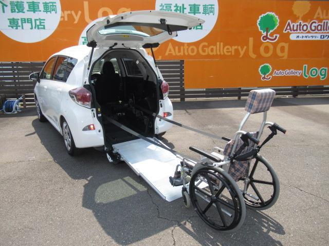 トヨタ 福祉車両 X スロープ タイプ1 純正CDオーディオ