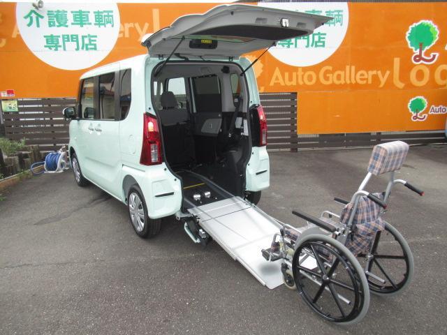 ダイハツ X 福祉車両 新型 スローパー ターンシート付