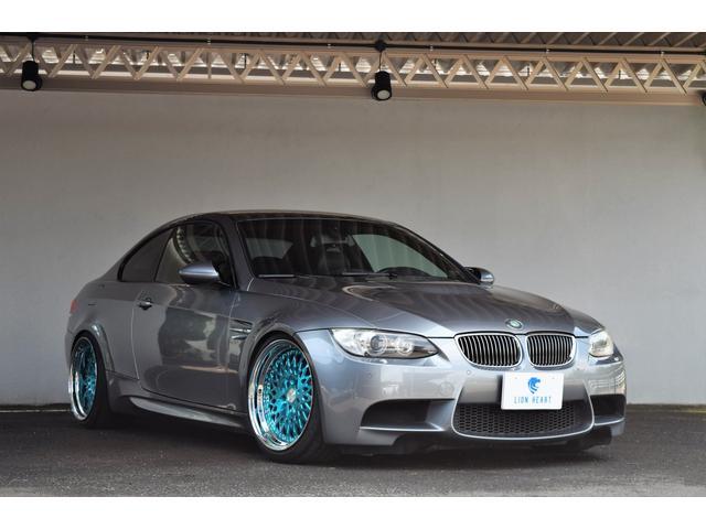 BMW M3クーペ DCT アクラポビッチマフラー 純正ホイールあり