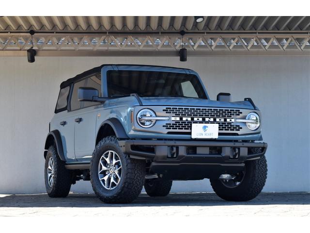 フォード  BADLANDS 4WD MT ソフトTOP ヘビーデューティバンパー LEDヘッドライト カープレイ AT33外形タイヤ BADLAND専用ビルシュタインサスペンション