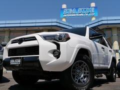 4ランナー VENTURE 4L V6 4WD YAKIMAルーフラック TRDホイール LEDヘッド LEDフォグライト、スマートキー&プッシュスタート プレデターサイドステップ サンルーフ フードスクープ