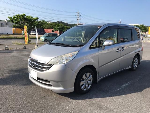 沖縄の中古車 ホンダ ステップワゴン 車両価格 51.8万円 リ済別 2008(平成20)年 8.1万km シルバー