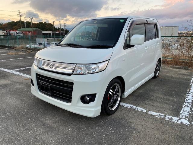 沖縄の中古車 スズキ ワゴンRスティングレー 車両価格 46.8万円 リ済別 2011(平成23)年 8.8万km パールホワイト