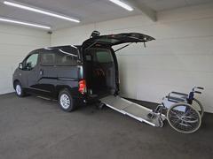 NV200バネットワゴンスローパー ナビTV 車椅子固定装置 サイドステップ付