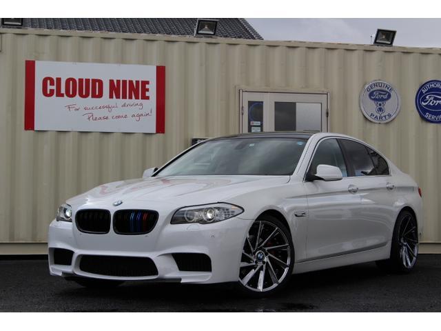 BMW 528i M5仕様 四本出マフラー 外20AW ローダウン