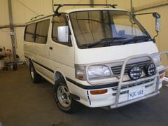 ハイエースワゴンキャンピングカー 7人乗り デイーゼルターボ 4WD