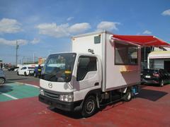 タイタンダッシュ 移動販売車 ケータリングカー 調理販売スペース 常時バックモニター 照明付き サイドオーニング 換気扇 網戸