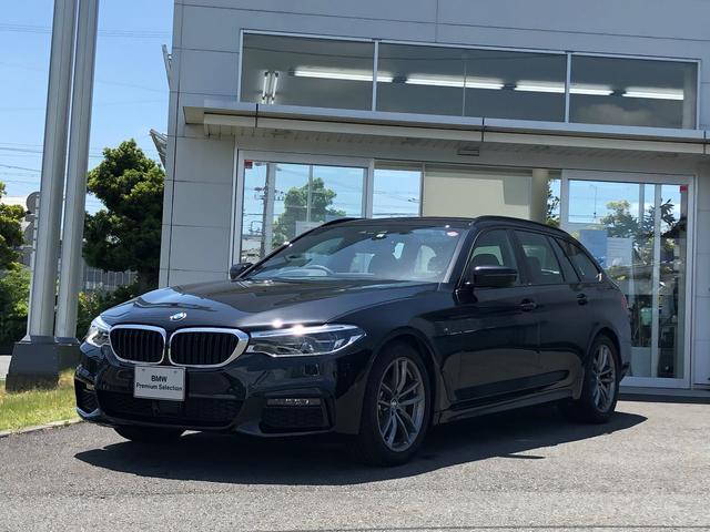 BMW 523d xDriveツーリング Mスピリット ハイライン