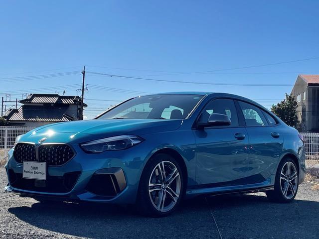 BMW 2シリーズ M235i xDriveグランクーペ デビューパッケージ・LEDヘッドライト・電動シート・スポーツシート