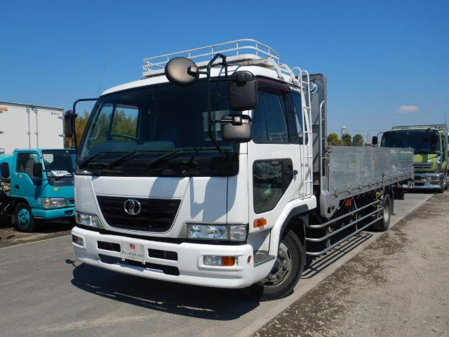 UDトラックス アルミブロック 平 増トン6.8t ワイドロング ベッド付き