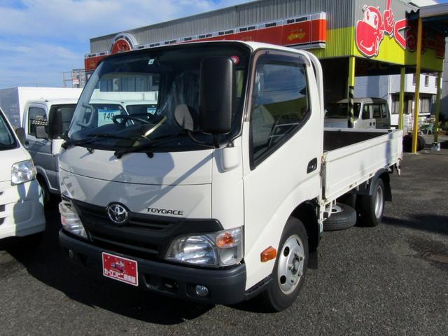 トヨタ  平ボディ 2t 低床 5MT ナビ TV 標準