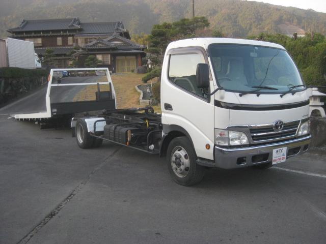 トヨタ 3000kg積載車幅広荷台ラジコン付きDターボNOX適合