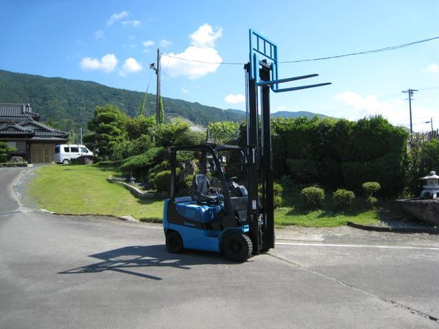 日本その他 1.5t フォークリフト 最大荷重1500kg