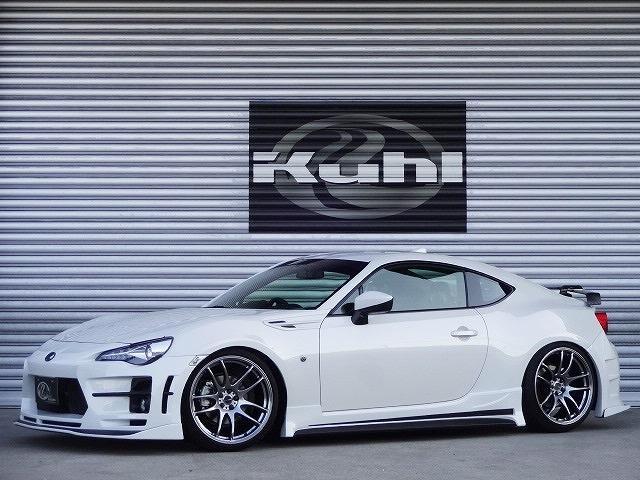 トヨタ GT KUHLRACINGコンプリート 車高調 19AW