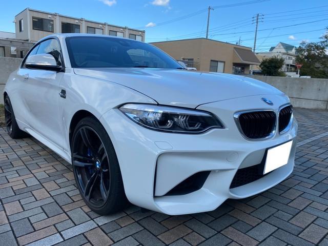 BMW ベースグレード 6速MT 右ハンドル ディーラー車 ドライブレコーダー ワンオーナー 記録簿 禁煙車 HDDナビ テレビ バックカメラ ターボ HiFiサウンドシステム ETC クルーズコントロール フルエアロ