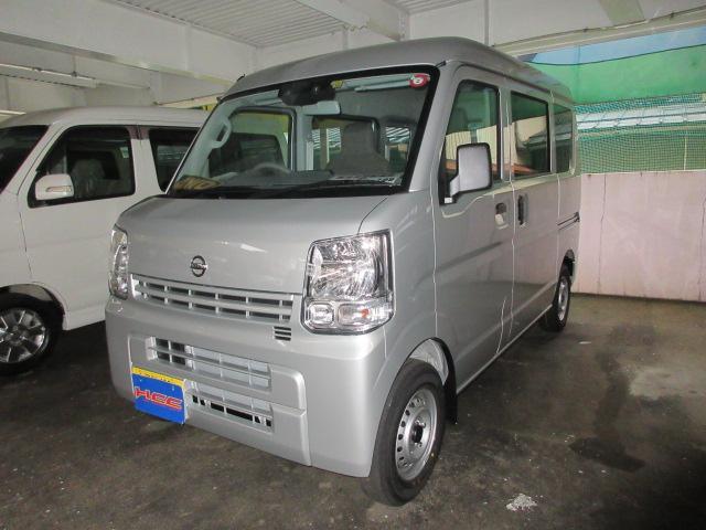 日産 DX セーフティパッケージ 4WD