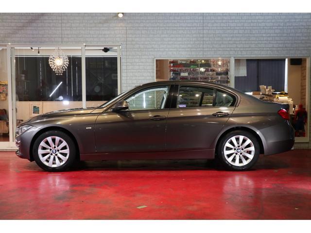 BMW 320dBPモダン1オーナ禁煙 オイスターレザー 希少カラー