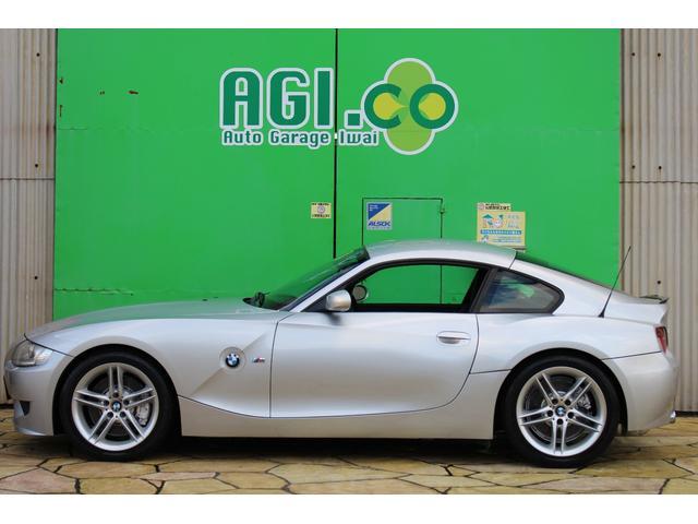BMW Z4 Mクーペ 1オーナー車両 前オーナー様個人輸入 左ハンドル6速マニュアル自社整備工場がありますのでご購入後のメンテナンスが心配なお客様でも安心もちろん納車前には安心してお乗りいただける状態で点検整備してあります