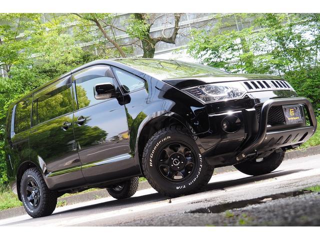 三菱 デリカD:5 DパワーPKG4WD ディーゼル/CS758マッドBKスタイル/新品フロントガード/新品アルミ&タイヤ/両側パワースライドドア/バックモニター/ナビ/フルセグTV/Bluetooth/シートヒーター/純正フロアマット