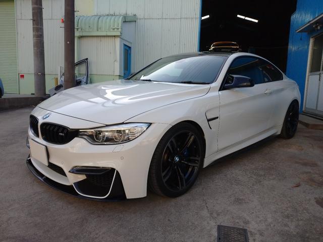 BMW M4クーペ Mパフォーマンスマフラー KWバージョン3車高調 OPパーツ