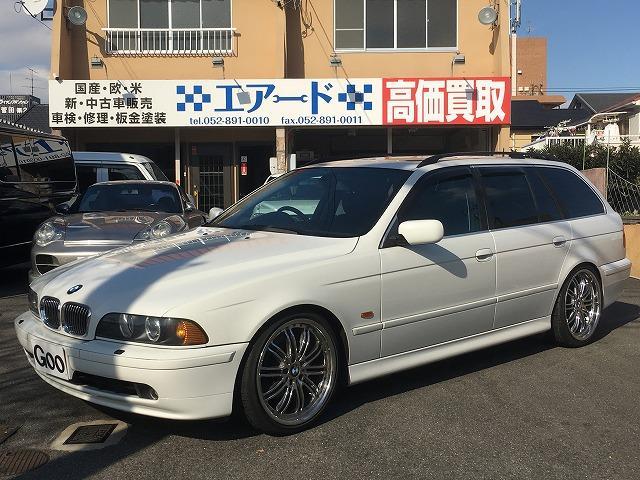 BMW 530iツーリング 黒革 19AW ローダウン サンルーフ