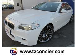 BMW528i 30th 黒革 サンルーフ