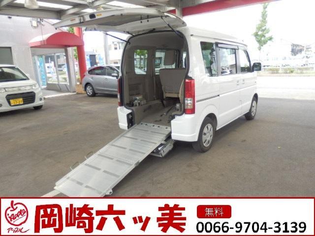 スズキ 車いす移動車 後部電動固定 リヤシート付 4WD 福祉車両