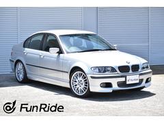BMW320i Mスポーツパッケージ 禁煙車・キセノン・ナビ付き
