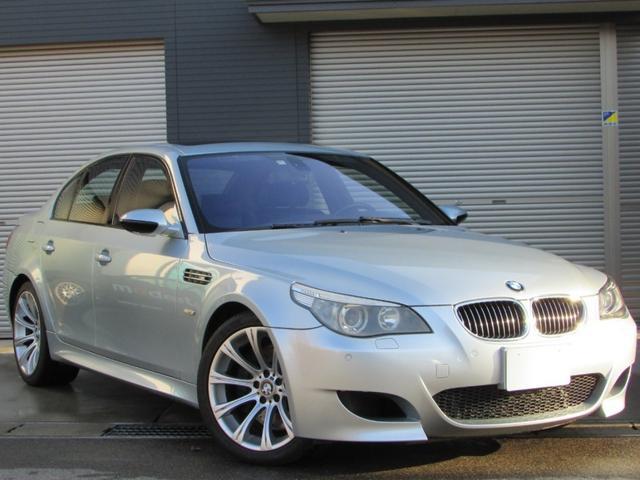 BMW M5 純正ナビ 地デジ HID 革シート ワンオフマフラー