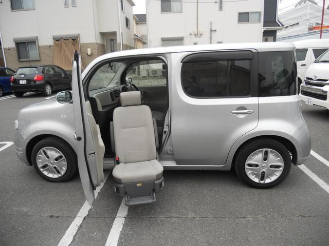 日産 福祉車両 助手席リフトアップ