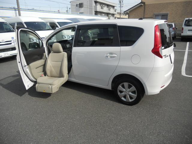 トヨタ パッソセッテ1.5助手席リフト