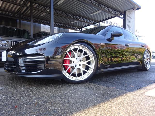 ポルシェ パナメーラ GTS スポーツクロノPKG ボルドーレザーインテリア カーボンインテリア オートトランク ポルシェエントリーシステム シートヒーター&シートクーラー リアシートヒーター レッドキャリパー FRパークセンサー