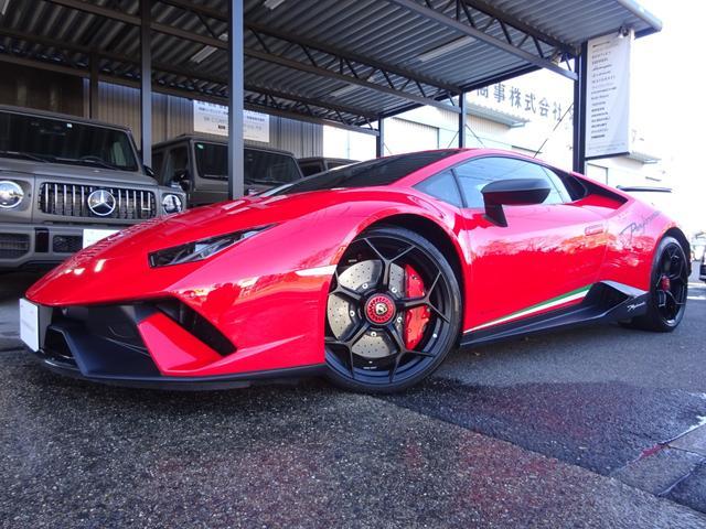 ランボルギーニ ペルフォルマンテ ペルフォルマンテ 640-4 正規D車 フロントリフティング 磁気レオロジーサスペンション ダイナミクスステアリング FRパークセンサー&バックカメラ オプションインテリア スポルティーボデザイン