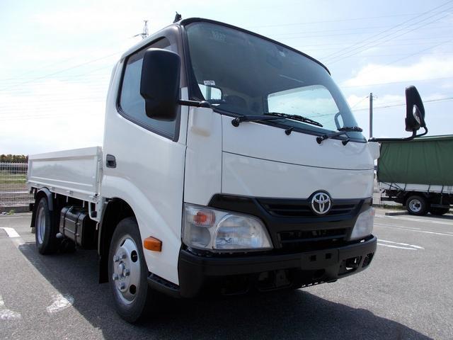 トヨタ 全低床平ボディ 3t積 3方開 荷台床板張り 排ガス浄化装置