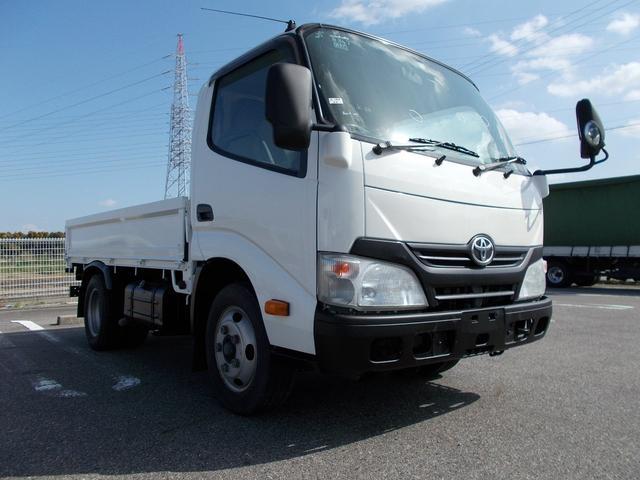 トヨタ 全低床 平ボディ 3方開3t積 排ガス浄化装置 排気ブレーキ