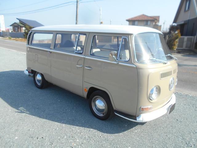 フォルクスワーゲン  1969年モデル アーリーレイト 社外クーラー 1600CC WEBERツインキャブ オイルサンプ フロントディスクブレーキ フロントアジャスタービーム 15インチ鉄チンホイール 社外タコメーター