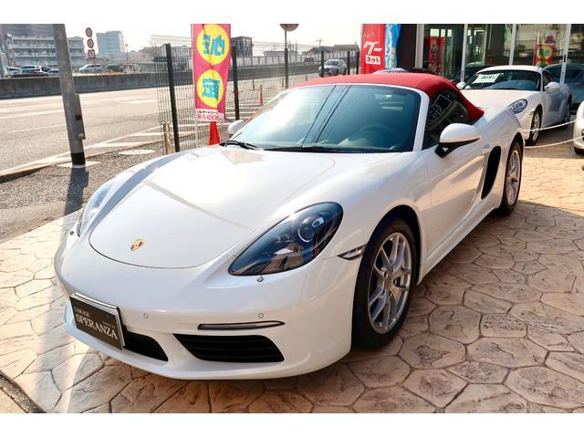ポルシェ  スポーツクロノPKG F6速MT GTスポーツステアリングホイール ブラック塗装バイキセノンヘッドライト スポーツエキゾースト パークアシストリアビューカメラ クリアランスソナー オートエアコン