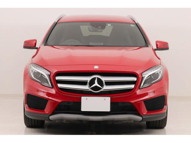 メルセデス・ベンツ GLA250 4マチック スポーツ ユーザー買取車 / AMGスタイリングPKG / 18インチAW / スポーツサスペンション / レーダーセーフティパッケージ / シートヒーター / 自動開閉テールゲート / ナビ / Bカメラ
