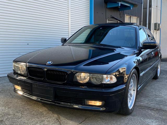 BMW 7シリーズ 735i Mスポーツ 後期モデル 2年間車検付 ガラスサンルーフ 純正18インチホイール エンジンオイル交換済み 新しいバッテリ クリーニング済み